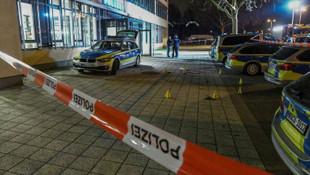 Almanya'da polise bıçakla saldırmaya çalışan Türk öldürüldü