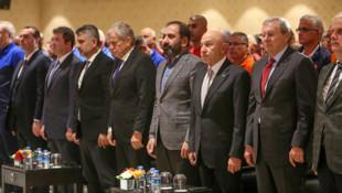 Nihat Özdemir ve Mecnun Otyakmaz'dan hakemlere destek
