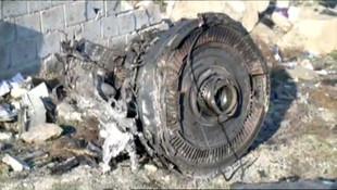 İran'da 176 kişinin öldüğü uçak kazasından fotoğraflar