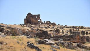 Zerzevan Kalesi'nin UNESCO listesine giriyor