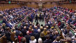 İngiltere'de Brexit fırtınası ! Parlamentoda kabul edildi...