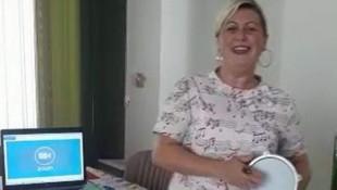 Kadın öğretmenden Bakan Selçuk'a şarkılı türkülü gönderme