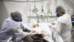 Koronavirüsle ilgili yeni keşif! Ağır hastaların genetik şifresi çözüldü