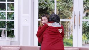 18 yıllık hasret Esra Erol'da sona erdi