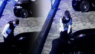 Sadece 30 saniye sürdü... Lüks otomobilden far hırsızlığı kamerada!