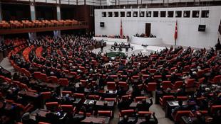 TBMM'de AK Parti ile CHP arasında ''yoklama'' tartışması!