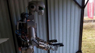 İnsansı robot Fedor: İnsanlar hakkında iyi düşünmüyorum