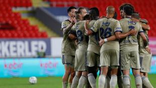 Fenerbahçe, Göztepe deplasmanından 3 puanla döndü