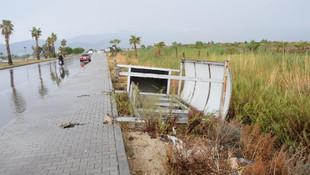 Antalya'yı fırtına vurdu: 1 kişi hayatını kaybetti