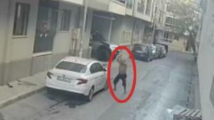 Evinin önüne park etti diye çılgına döndü!
