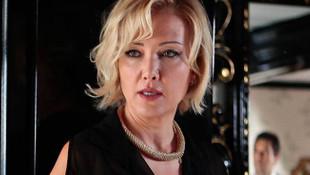 Berna Laçin Sağlık Bakanı Koca'yı fena ''ti''ye aldı