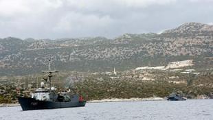 Türk savaş gemileri Akdeniz'de tetikte