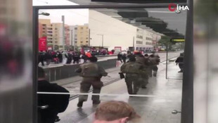 Fransa'nın Lyon kentinde bomba paniği!