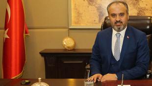 Bursa Büyükşehir Belediye Başkanı yaptığıyla sosyal medyada olay oldu