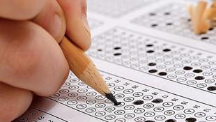 Bu ne biçim sınav? 80 sorudan 40'ının cevabı ''A'' şıkkı çıktı!