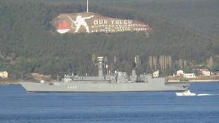 Romanya'nın savaş gemisi boğazdan geçti