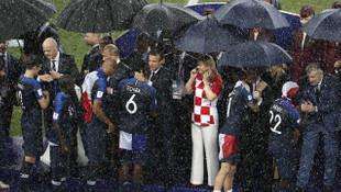 Paul Pogba ''milli takımı bıraktı'' haberlerini yalanladı