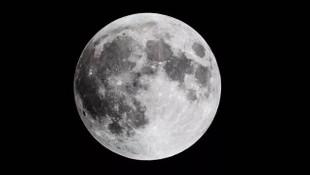 NASA'dan tarihi keşif: Ay'ın yüzeyinde bulundu