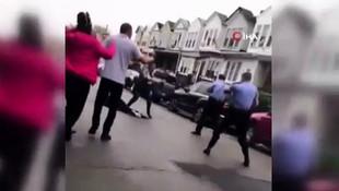 Polisten sokak ortasında şiddet!