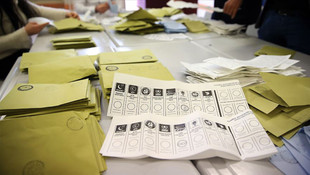 Metropoll'ün son anketi: AK Parti ilk kez %30'un altında!