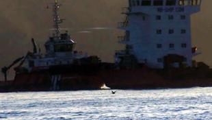 İstanbul Boğazı'nda korku dolu anlar! Gemi böyle sürüklendi