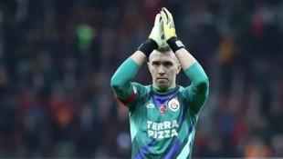 Galatasaray son anlarda Muslera'nın lisansını çıkardı