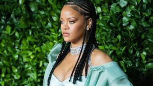 Rihanna skandal sözleri sonrası Müslümanlardan özür diledi