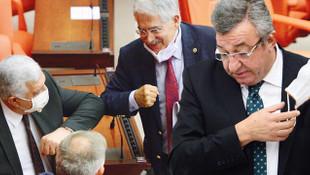 Milletvekillerinin maske isyanı: Kürsüde dayanılmıyor başkanım