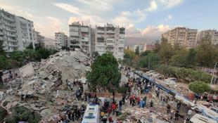 Yıkılan iki binaya ''tescilli çürük'' raporu verilmiş