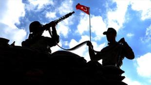 Suriyeli teröristler sınırda yakalandı