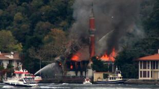 Tarihi Vaniköy Camii'ndeki yangının nedeni belli oldu