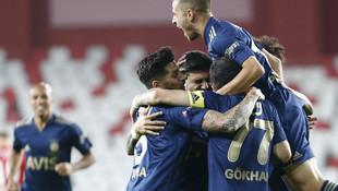 Fenerbahçe direkleri döve döve kazandı