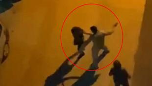 Antalya'da rezil olay! Yol ortasında 2 kadını tokatladı