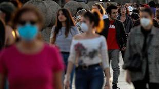 İspanya'da son 3 günde 512 kişi koronavirüsten öldü