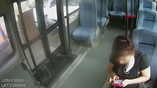 Özbek kadına minibüste korku dolu anlar yaşattı