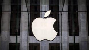 Apple'ın üst düzey sorumlusuna rüşvet davası