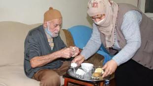 96 yaşında koronavirüsü yenen Hamdi dededen tavsiyeler