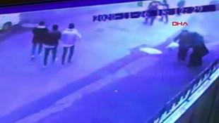 İstanbul'da sokak ortasında kadına saldırı