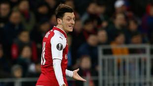 Mesut Özil isyan etti: Beni 2 yıldır yok etmeye çalışanlar var