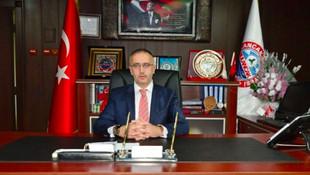 AK Partili başkan, kendisine saldıran kişiyi tabancayla vurdu