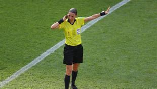 Şampiyonlar Ligi'nde ilk kez bir kadın hakem maç yönetecek