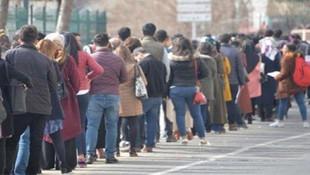 Yeni Türkiye bu mu ? Gençler ''iş'' kuyruğunda