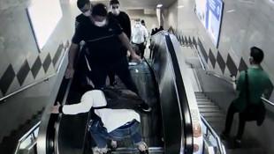 Yürüyen merdivenlerde organize yankesicilik kamerada!