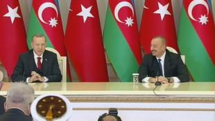 Erdoğan Macron'u eleştirirken Aliyev'in yüzü güldü