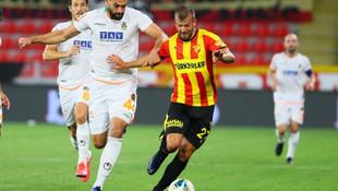 Galatasaray Alanyaspor'dan Caulker ve Salih Uçan'ı istiyor!