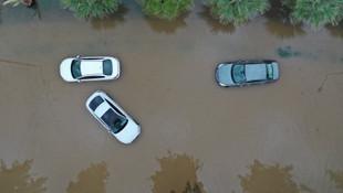 İzmir'deki sel felaketinin ardından vatandaşlar isyan etti