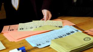 Son yerel yönetimler anketi açıklandı! AK Parti belediyecilikte eriyor!