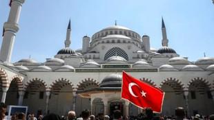 Bakanlık'tan Çamlıca Camisi'ne özel metro hattı