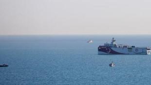 Antalya açıklarında demirlenen ''Oruç Reis'' yeni görevini bekliyor