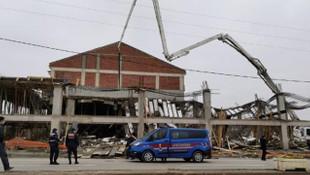 Bursa'da inşaatta çökme! Enkaz altında kalan işçiler kurtarıldı